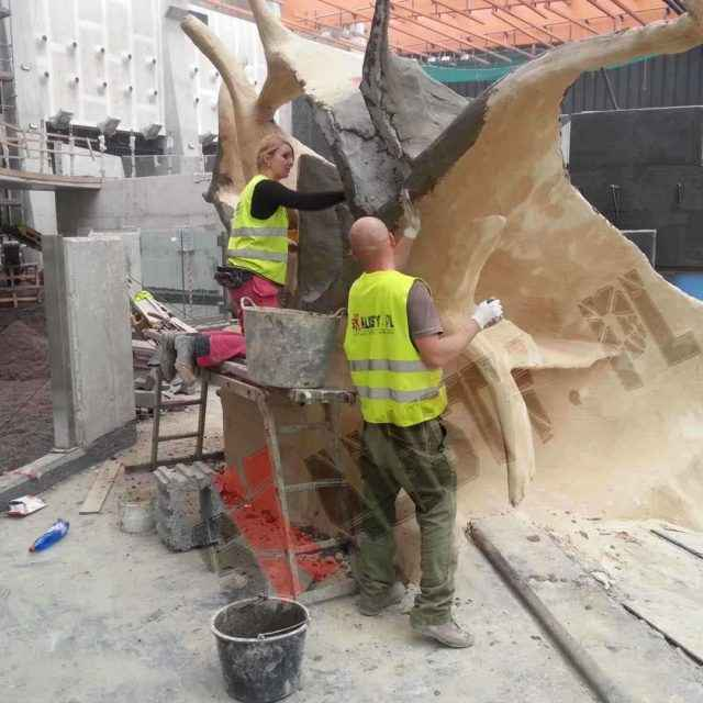 Budowa sztucznego drzewa afrykarium wrocław zoo