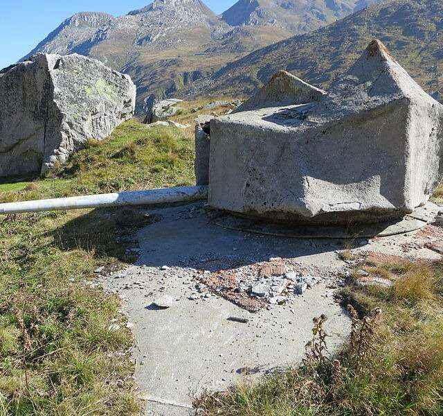 Kamuflaż przy użyciu sztucznych skał