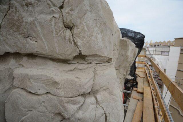 rzeźbienie tekstury kamienia dla sztucznych skał
